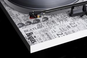 PJ-Debut-Carbon-Esprit-SB-The-Beatles-1964-Recordplayer-Viny
